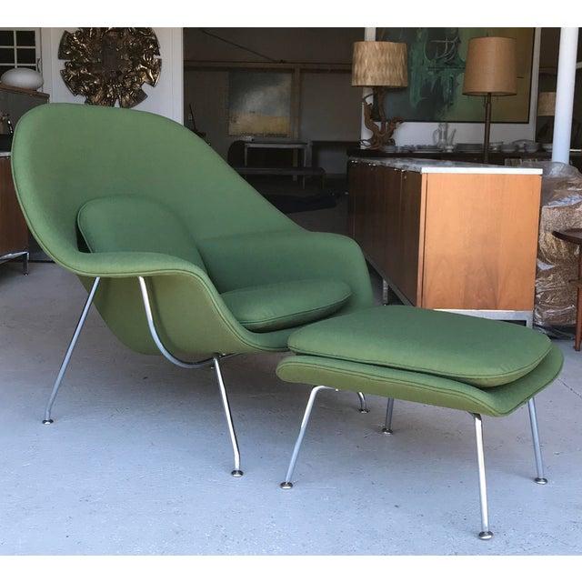 Eero Saarinen Reupholstered! Knoll Womb Chair Ottoman Eero Saarinen For Sale - Image 4 of 13