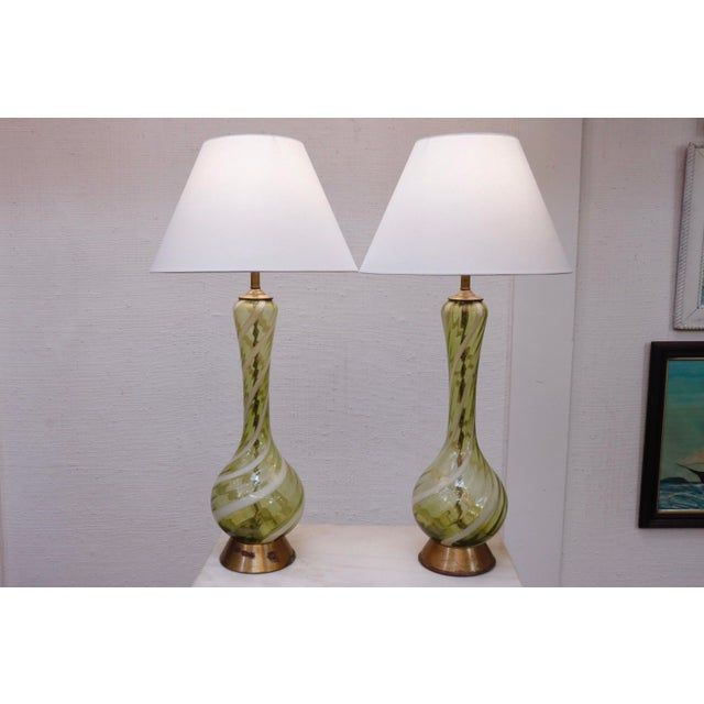 Italian Blown Ribbon Glass Lamps, a Pair For Sale In New York - Image 6 of 7