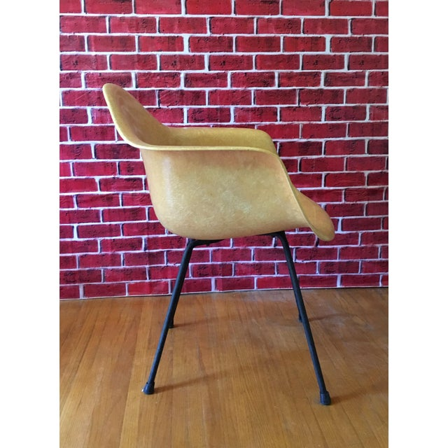 1950's Herman Miller Eames Molded Fiberglass Chairs - A Pair - Image 4 of 11