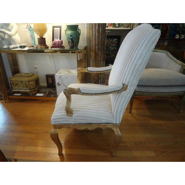 18th Century French Régence Giltwood Chair For Sale - Image 4 of 13