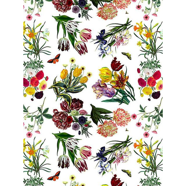 Traditional Scalamandre Nicolette Mayer for Scalamandre Flora & Fauna, White Wallpaper For Sale - Image 3 of 3