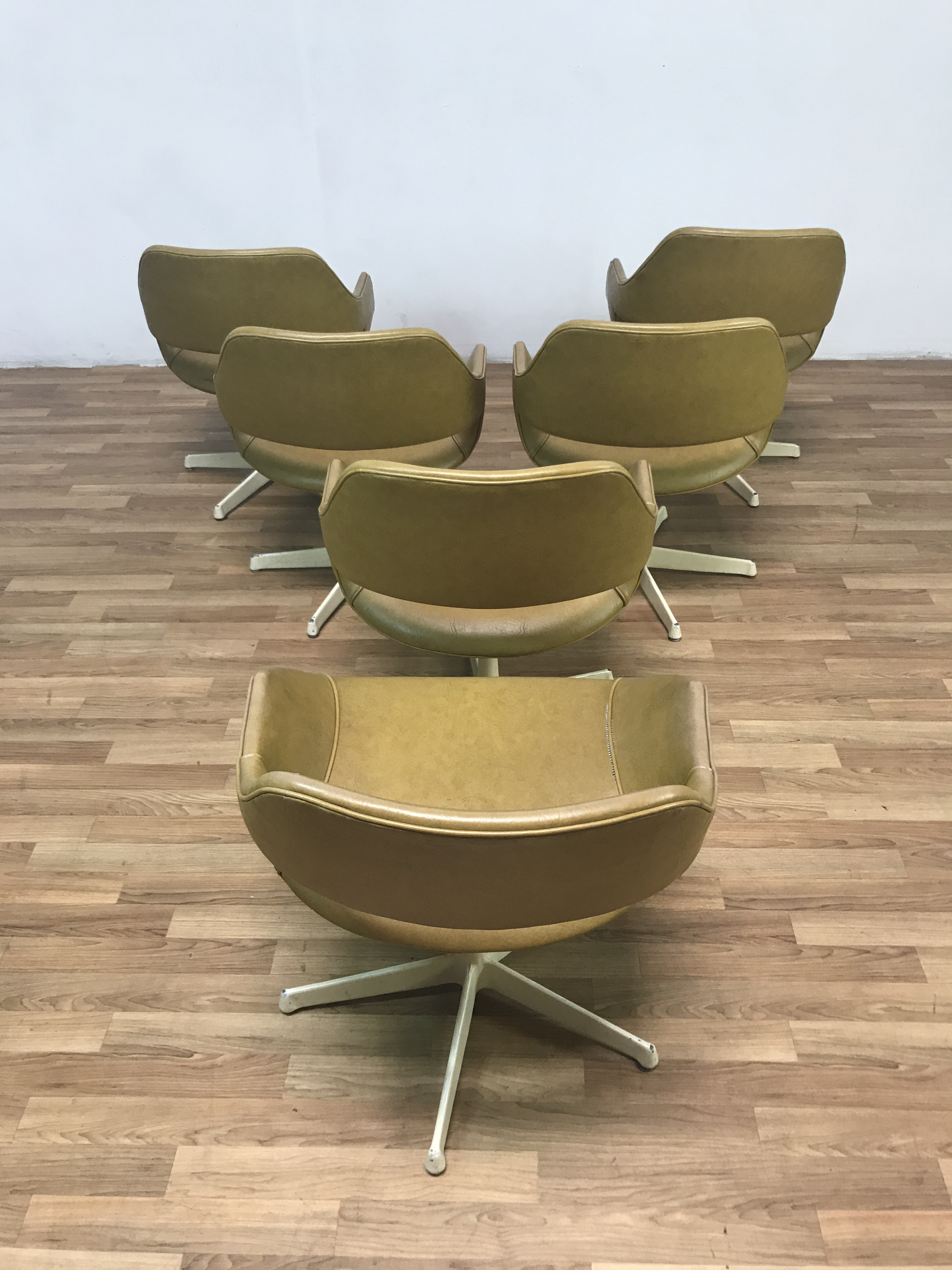 1960s Arthur Umanoff Mid Century Swivel Chairs   Set Of 6 For Sale   Image