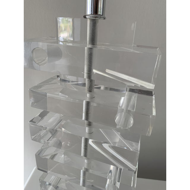 1970s 1970's Lucite Stacked Lamp For Sale - Image 5 of 13