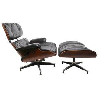 Iconic Eames Lounge Chair and Ottoman in Rosewood For Sale