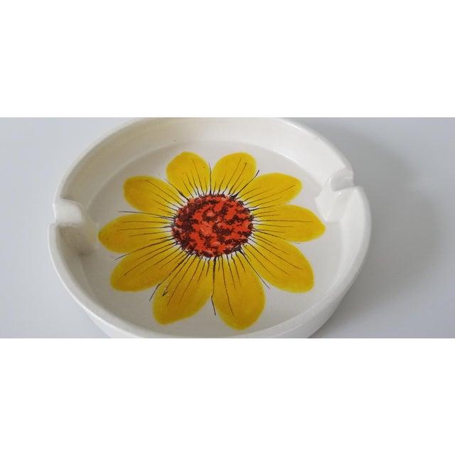 Mid-Century Modern Vintage Italian Rosenthal Netter Ceramic Ashtray. For Sale - Image 3 of 8