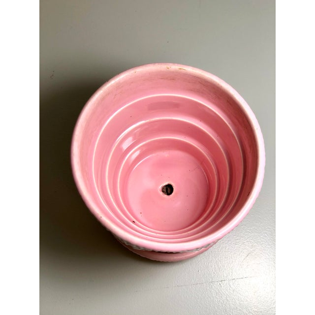 """American McCoy Pottery 1940s - 1960s Small """"Pink"""" Mid-Century Flower Pot and Saucer For Sale - Image 3 of 9"""