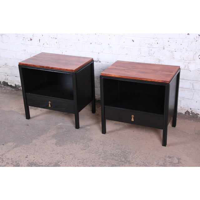Asian John Stuart for Mount Airy Mid-Century Modern Rosewood and Ebonized Wood Nightstands, Pair For Sale - Image 3 of 13