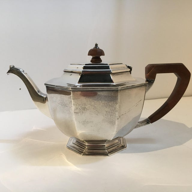 Mappin & Webb Sheffield London Silver Teapot For Sale - Image 4 of 11