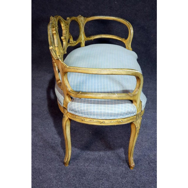 French Louis XV Style Paint Decorated Settee For Sale - Image 10 of 11