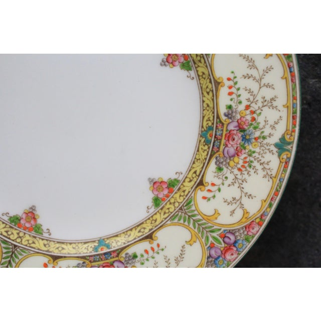 Art Nouveau Wedgwood Dinner Plates - set of 8 For Sale - Image 3 of 6