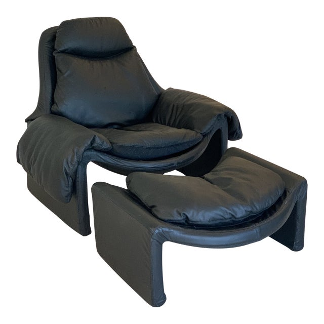 Vintage Black Saporiti Lounge Chair and Ottoman by Vittorio Introini For Sale