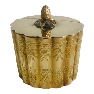 1970s Vintage Lidded Brass Trinket Box For Sale