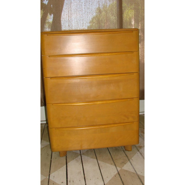 Mid Century 5 drawer chest in beautiful condition, original finish with wear appropriate to its age. This is a great...