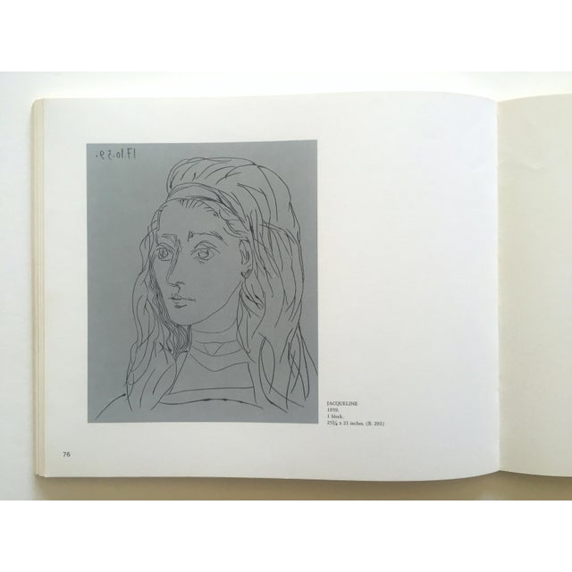 "Pablo Picasso "" Picasso Linocuts 1958 - 1963 "" Rare Vintage 1968 1st Edition Lithograph Print Collector's Exhibition Art Book For Sale - Image 4 of 13"