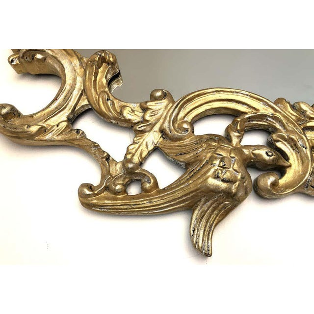 Chinoiserie Gampel-Stoll Hollywood Regency Chinoiserie Mirror in Carved Giltwood For Sale - Image 3 of 7