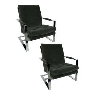 Pair of Rare Cantilevered Lounge Chairs by Milo Baughman For Sale