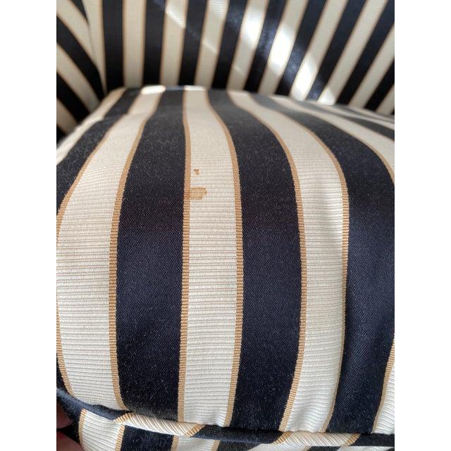 Hollywood Regency Custom Isenhour Black and Cream Loveseat For Sale - Image 6 of 13