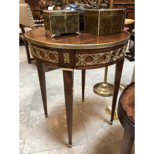 Elegant French Louis XVI Style Mahogany Circular Side Table With Brass Mounts For Sale In San Francisco - Image 6 of 7