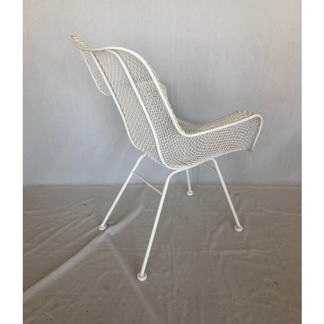 Russell Woodard 1960s Vintage White Sculptura Russell Woodard Patio Chairs- A Pair For Sale - Image 4 of 13