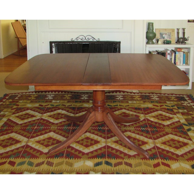 Duncan Phyfe 20th Century American Classical Duncan Phyfe Style Dining Table For Sale - Image 4 of 7