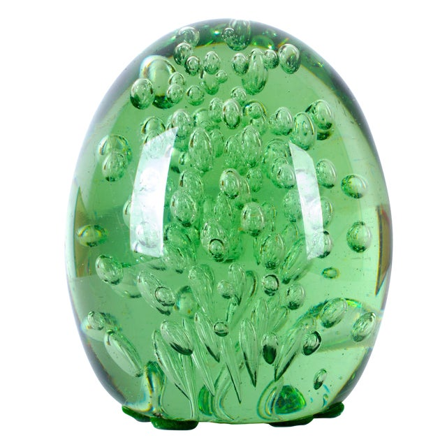 19th Century Green 'Dump' Glass Paperweight - Image 1 of 4