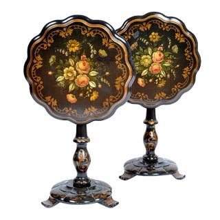 English Traditional Hand Painted Tilt Top Tables - a Pair For Sale