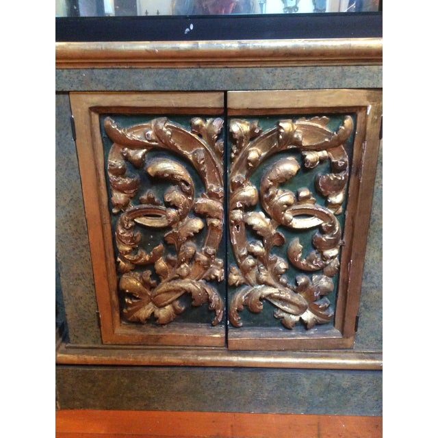 Wood Open Mirrored & Giltwood Display Cabinet For Sale - Image 7 of 10