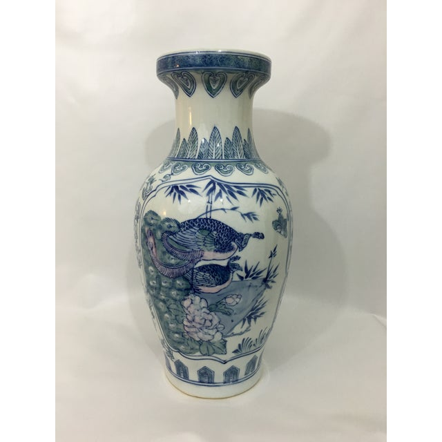 Vintage Chinoiserie Hand Painted Peacock Vase - Image 2 of 8