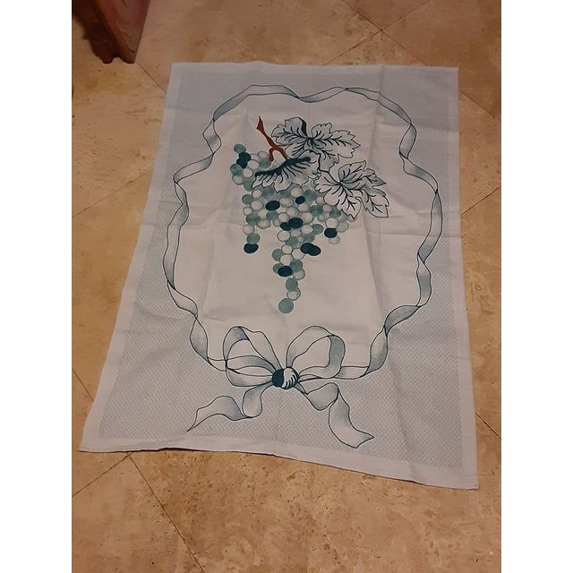 Light Green 1980s Shabby Chic Green Grape Hand Embroidered Gorgeous Linen Towel For Sale - Image 8 of 8