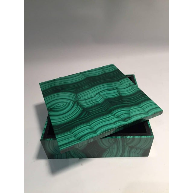 Contemporary Large Square Bookmatched Malachite Box with Removable Lid Made in India For Sale - Image 3 of 9