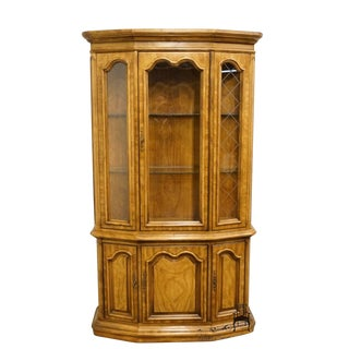 "Bernhardt Hibriten Italian Neoclassical Tuscan 46"" China / Display Cabinet For Sale"