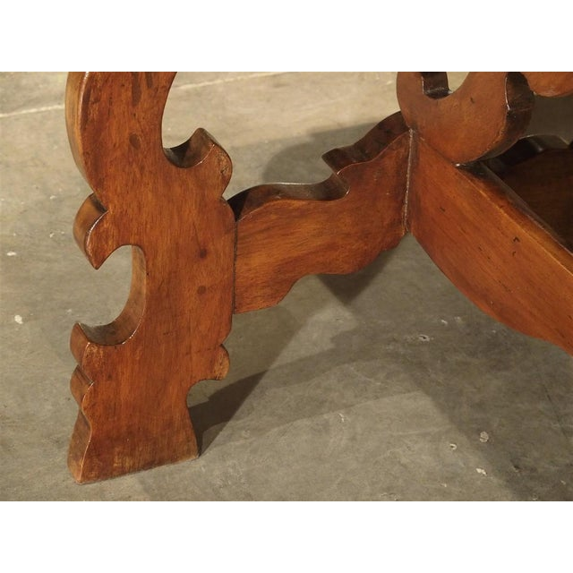 Brown 19th Century Tuscan Walnut Table With Shaped Wooden Stretchers For Sale - Image 8 of 13