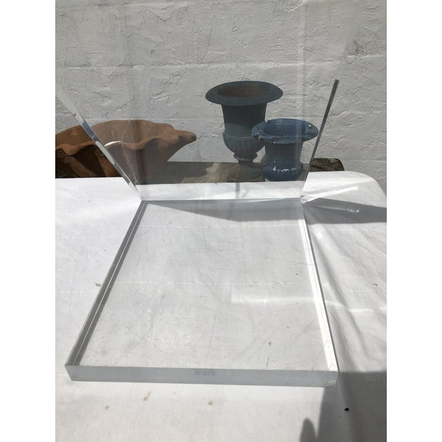 Lucite Z Drinks Table With Brass Detail For Sale - Image 4 of 13