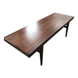 Mid Century Modern HD Buttercup Coffee Table For Sale