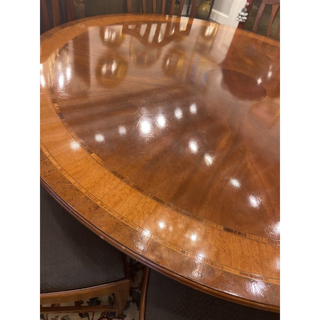 1920s Traditional Round Mahogany Dining Table For Sale - Image 10 of 12