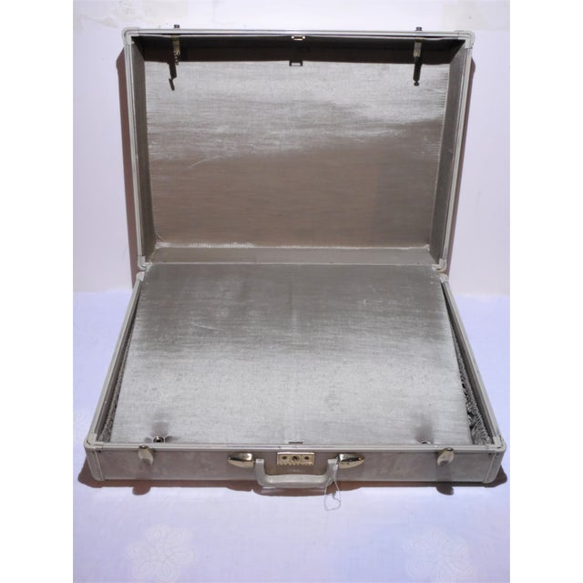 Vintage Samsonite Large Cream Hard Shell Suitcase - Image 5 of 7