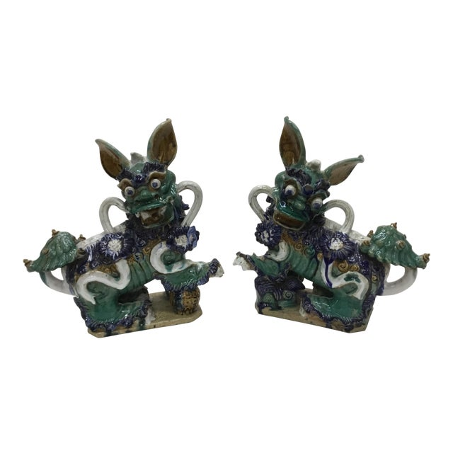 Early 20th Century Vintage Vietnamese Ceramic Foo Dog Figurines- A Pair For Sale