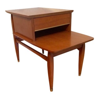 Mid-Century Modern Cantilevered Top Side Table With Drawer - Cherry Wood For Sale
