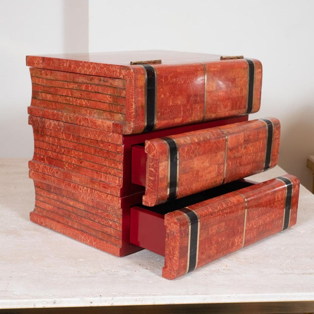 """Maitland - Smith 1970s Coral Tessellated Stone """"Book"""" Box For Sale - Image 4 of 5"""
