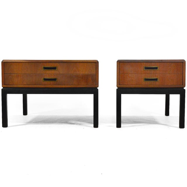 Harvey Probber Walnut End Tables / Nightstands For Sale In Chicago - Image 6 of 6