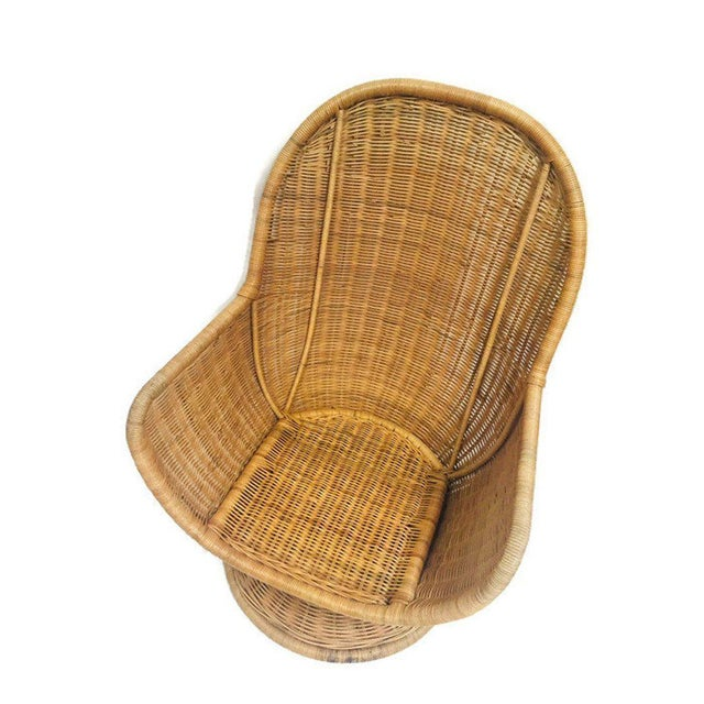 Tan 1980s Vintage Sculpted Rattan Egg Chair Swivel Wicker Club Chair For Sale - Image 8 of 13