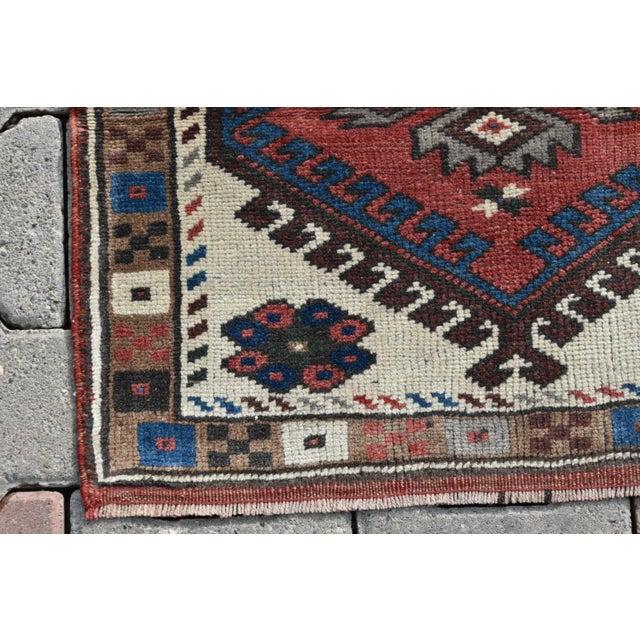 Small Medallion Oushak Rug - 2′1″ × 2′1″ For Sale - Image 5 of 6