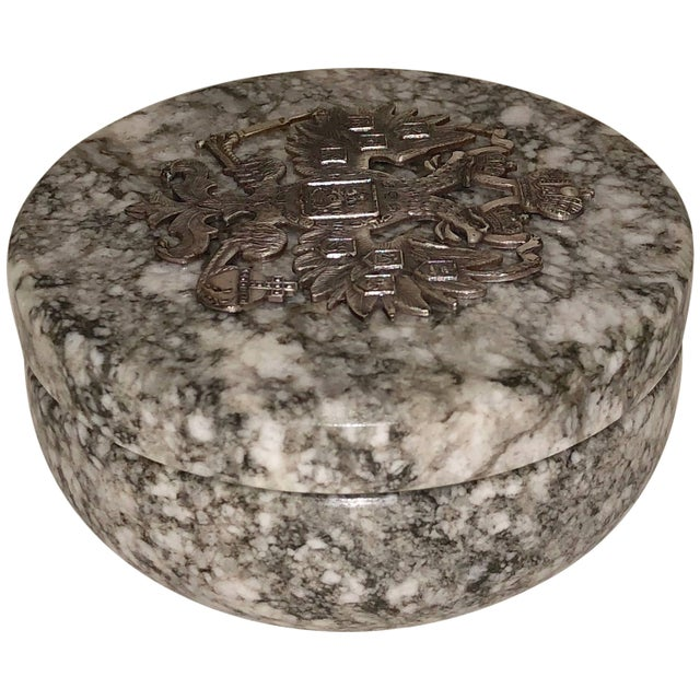 White 20th Century Neoclassical Russian Tiger Skin Marble Round Box For Sale - Image 8 of 8