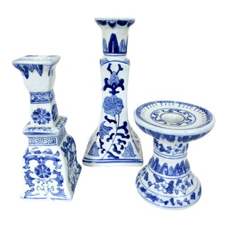 Canton Style Blue & White Candle Holders - Set of 3 For Sale