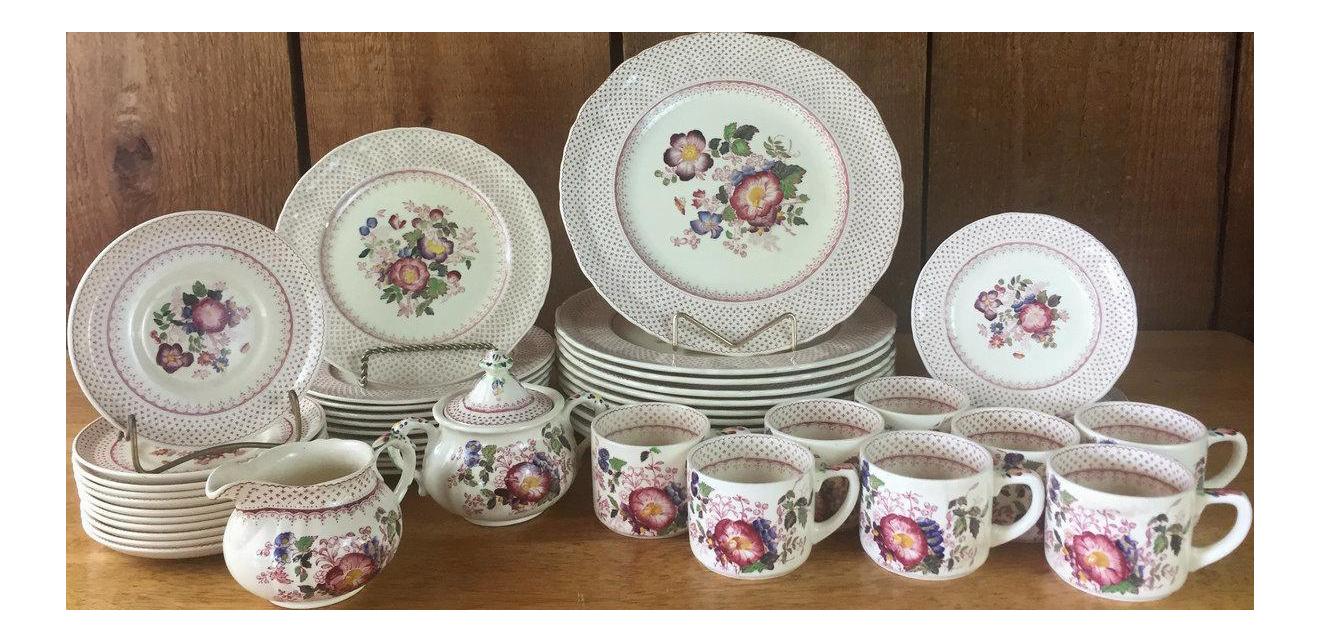 1940s Mason\u0027s Ironstone Paynsley Pattern Dinnerware- 51 Pieces - Image 1 of 11  sc 1 st  Chairish & 1940s Mason\u0027s Ironstone Paynsley Pattern Dinnerware- 51 Pieces ...