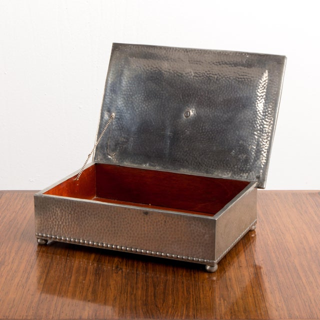 1950s 1950s French Jewelry Box For Sale - Image 5 of 9