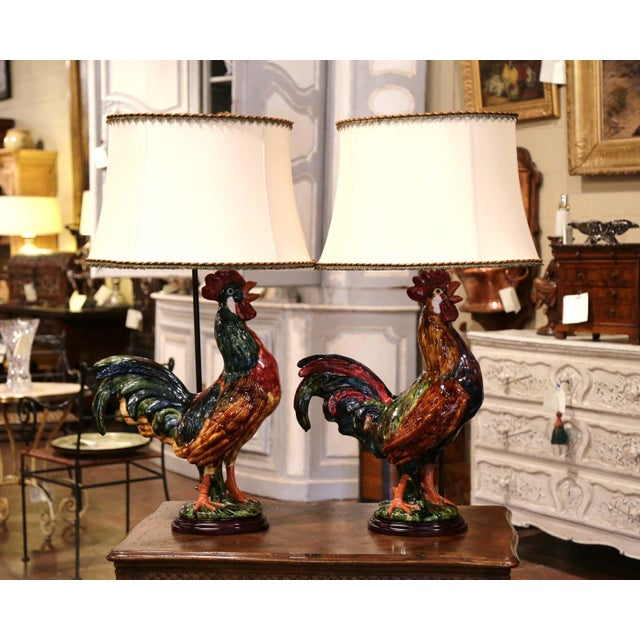 Late 20th Century Pair of French Barbotine Ceramic Roosters Converted Into Table Lamps For Sale - Image 5 of 13