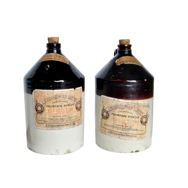 Vintage Fountain Syrup Jug Set - Image 1 of 3