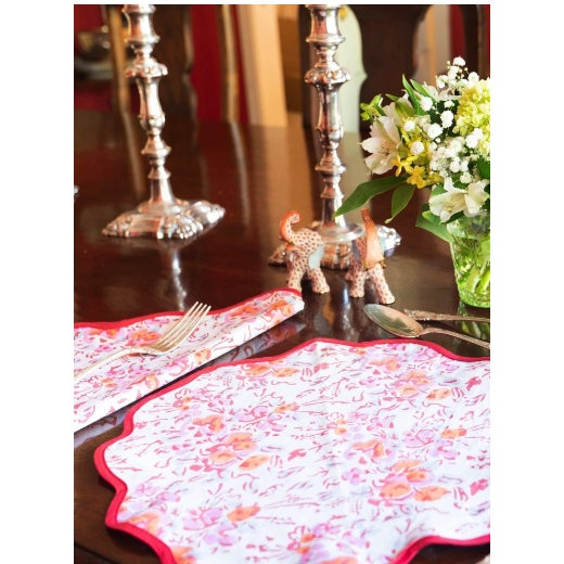 Traditional Pink Floral Scalloped Placemats and Napkins - Service for 4 For Sale - Image 3 of 5