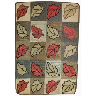 """Antique American Handmade Hooked Rug - 2'2"""" X 3'4"""" For Sale"""